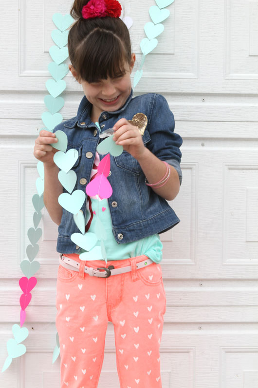 DIY-Painted-Heart-Jeans-Tutorial
