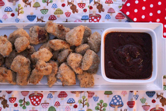 healthy-chicken-nuggets-&-homemade-BBQ-sauce