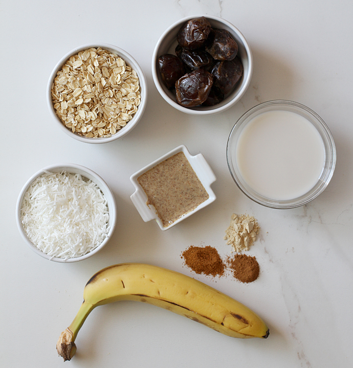 Almond Date Smoothie With Maca Ingredients