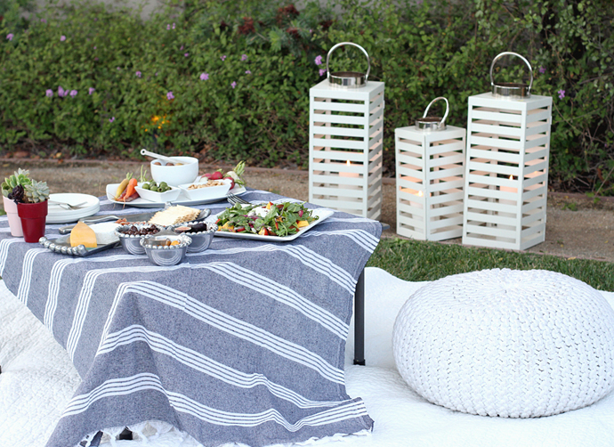 outdoor-summer-picnic