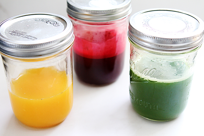 fruit and veggie juices in mason jars