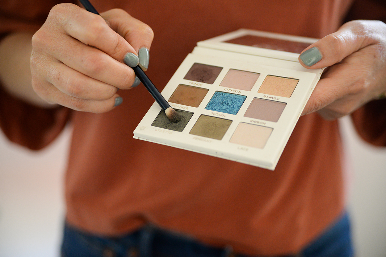 Beautycounter Iconic Eyeshadow Palette